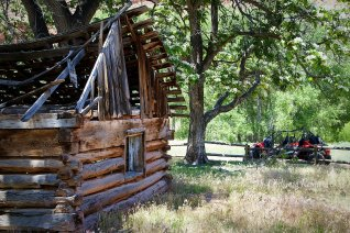 UTV tour to Outlaw cabin