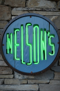 Nelson's - Awesome bar and grill