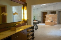 Spa Steam Room and Therapeutic Pool
