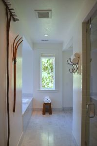 Barn Room Bathroom